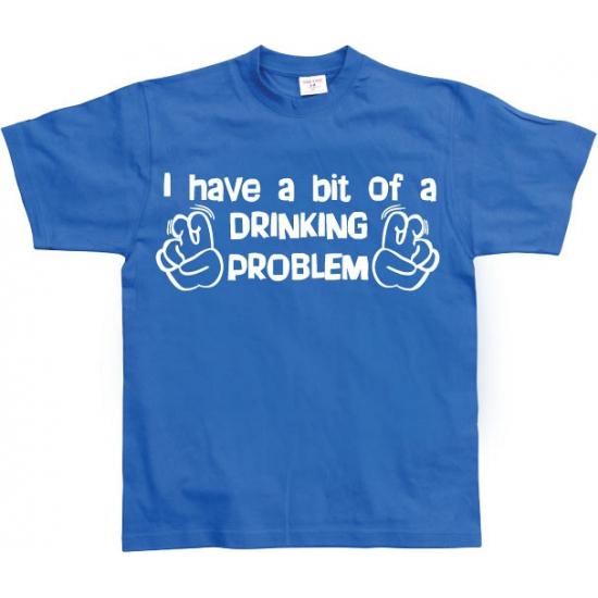 Blauw t shirt drankprobleem