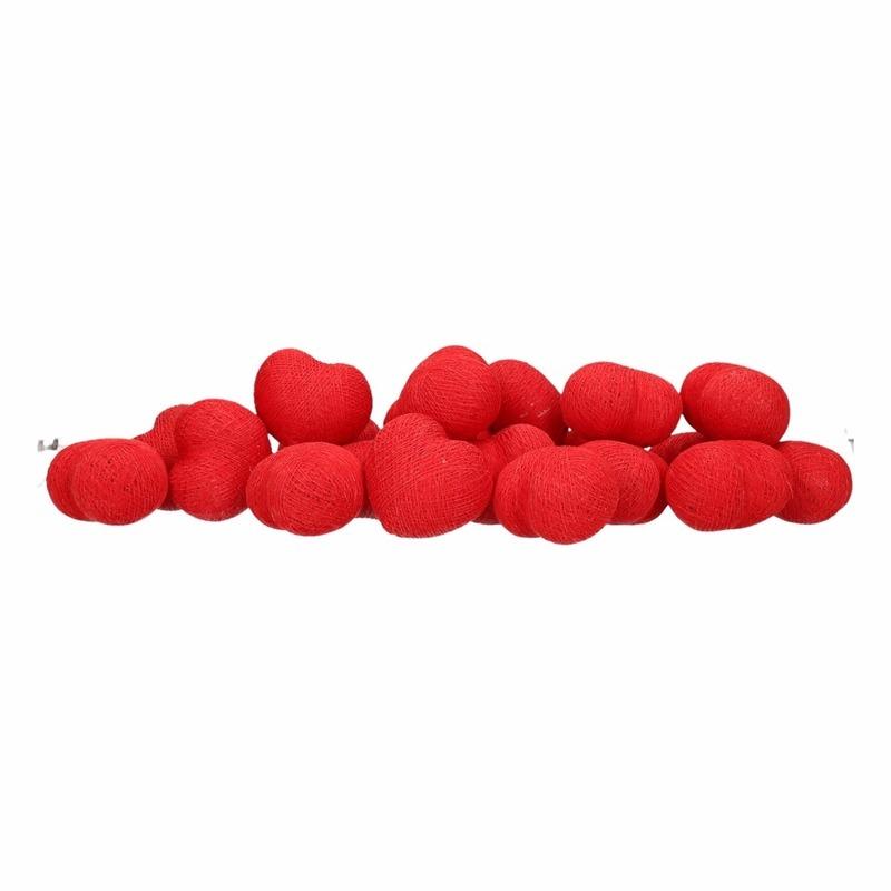 Cotton Balls lichtsnoer met rode hartjes