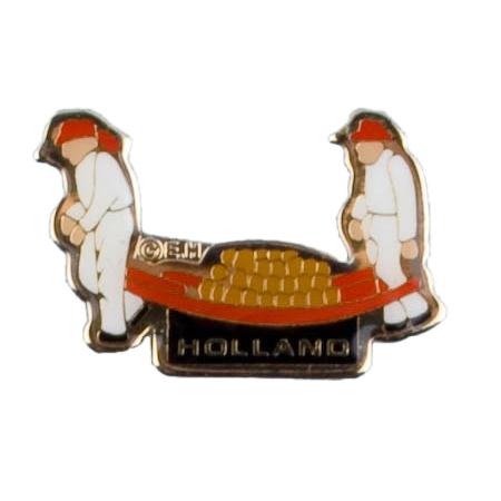 Kaasdrager souvenir pin
