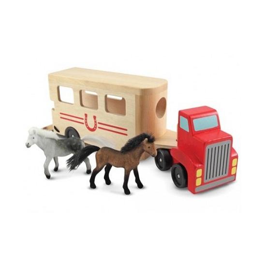Paardenvrachtwagen met paarden