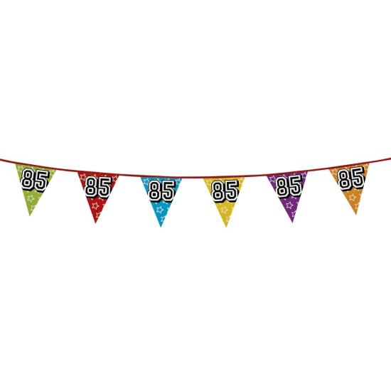 Vlaggetjes 85 jaar feestje