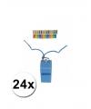 24 gekleurde scheidsrechter fluitjes aan koord