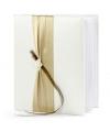 Bruiloft gastenboek met goud lint