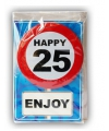 Happy birthday kaart met button 25 jaar