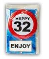 Happy birthday kaart met button 32 jaar