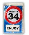 Happy birthday kaart met button 34 jaar