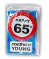Happy birthday kaart met button 65 jaar