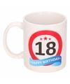 Verjaardag 18 jaar verkeersbord mok beker