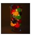 Sfeerverlichting gekleurde balletjes in vaas